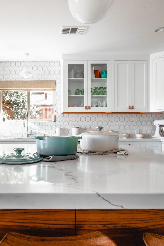 roam in color zzMb7jacyBc unsplash 683x1024 - The Best Material For Your Kitchen Countertop